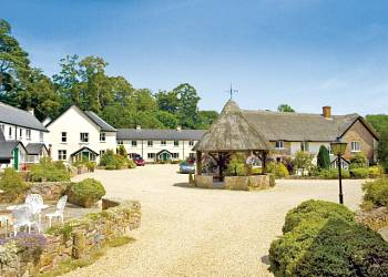 Old Bridwell Holiday Lodges in Devon