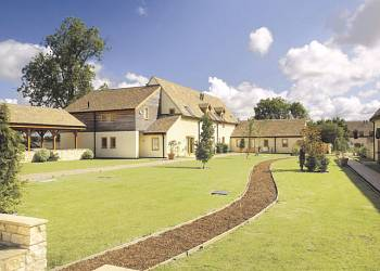 Oaksey Country Cottages Holiday Lodges in Wiltshire