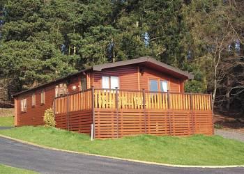 Astbury Falls Lodges