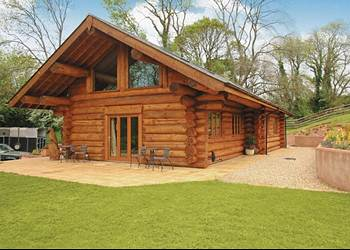 Long Meadow Farm Holiday Lodges in Somerset